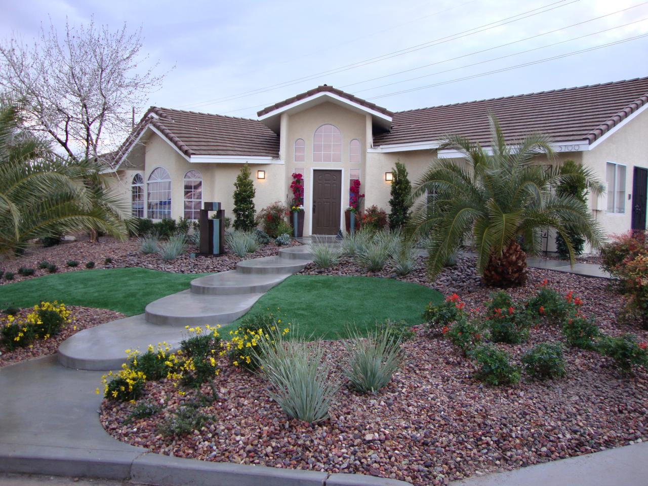 Why nevada is good for high earners setschedule Modern desert landscaping ideas